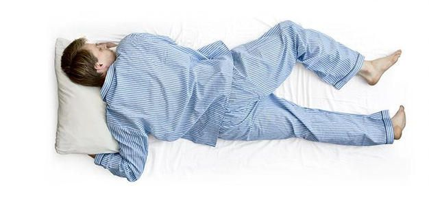うつ伏せは危険!?腰痛に良い正しい寝方で驚くほど腰痛が楽 ...